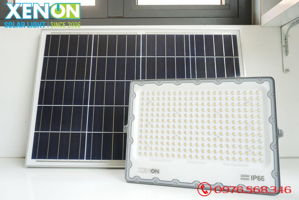 Đèn pha năng lượng mặt trời Xenon Deluxe DL300W